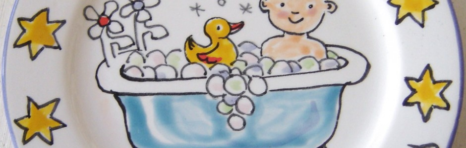 Hand painted personalised happy 4th Birthday in the bath Plate