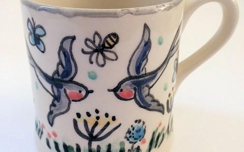Swallow mug