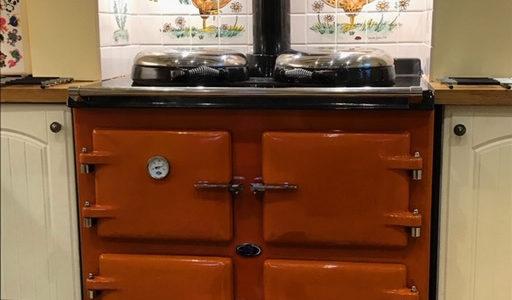 Chicken Kitchen tile mural behind range cooker