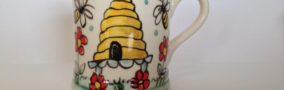 Beehive Mug